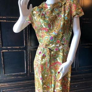 Mad Men 1960s Wiggle Vintage Dress